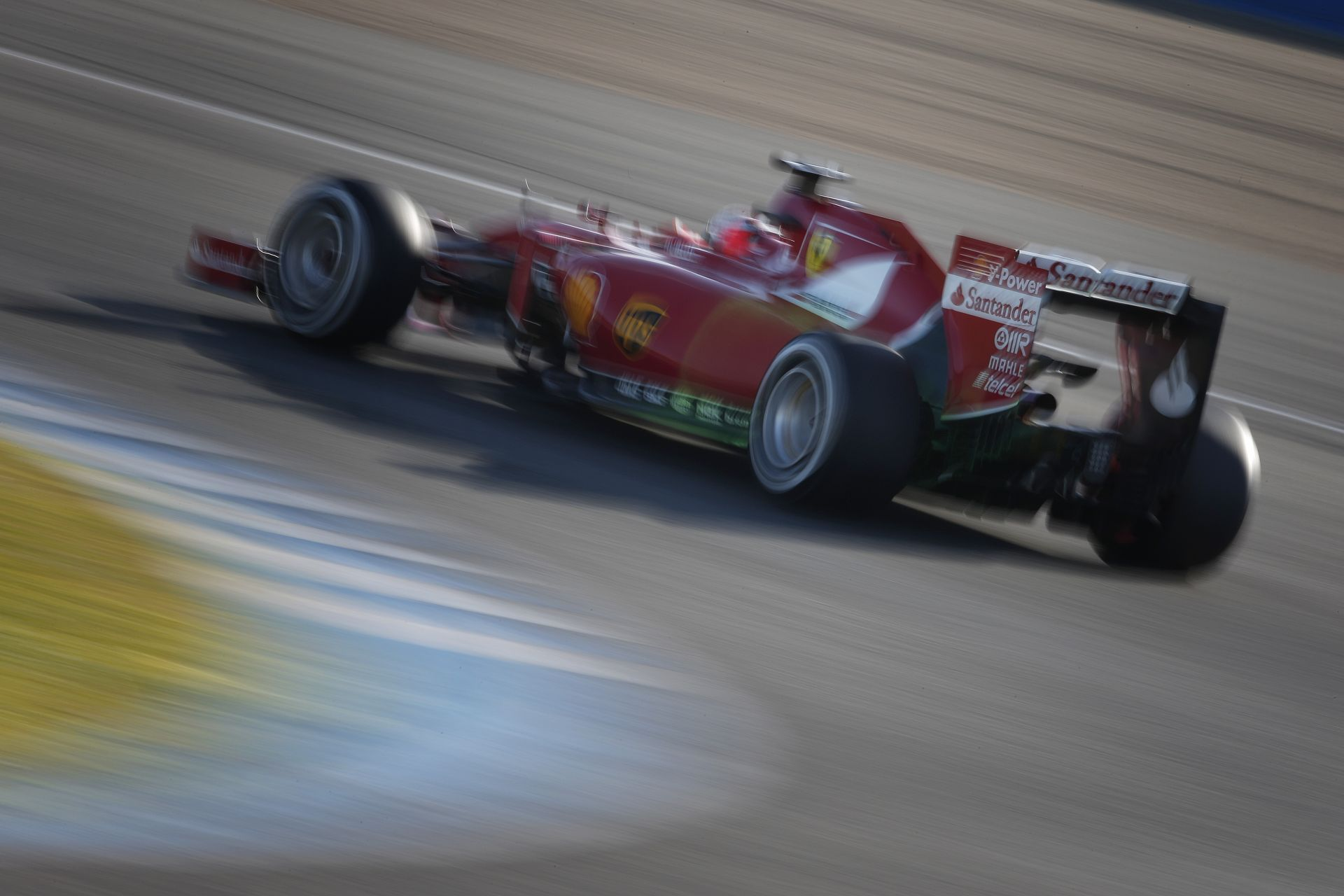 Alonso és a többiek távozásával, valamint Vettel érkezésével végre sínen van a Ferrari?