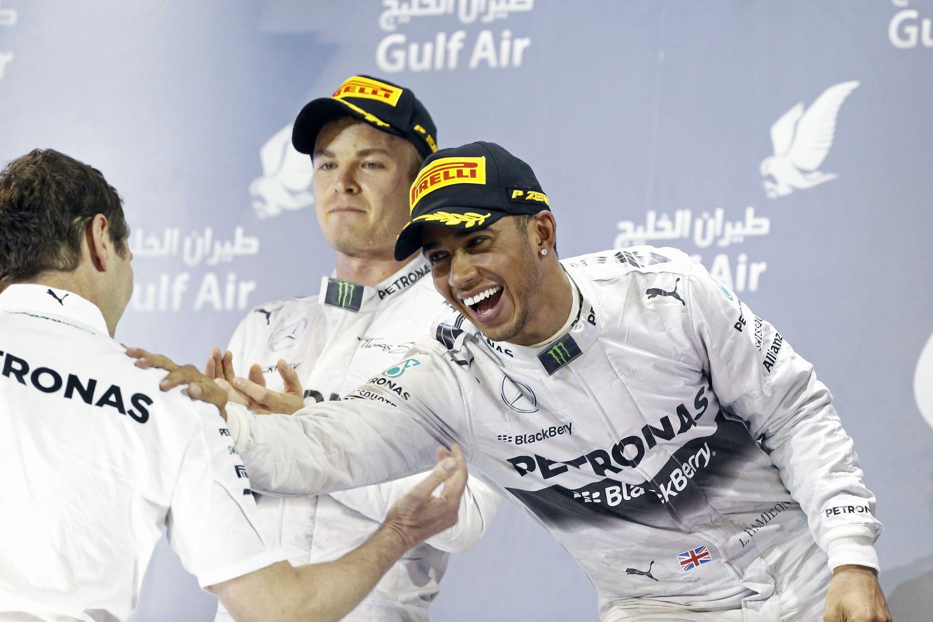 Hamilton és Rosberg is élvezte a brutális csatát Bahreinben