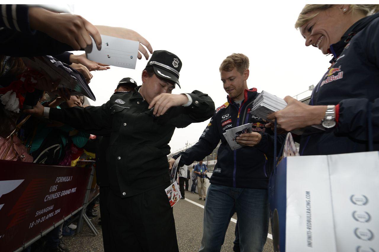 Csoda lenne, ha a Red Bull a Mercedes közelében autózna: Vettel reális célt tűzött ki