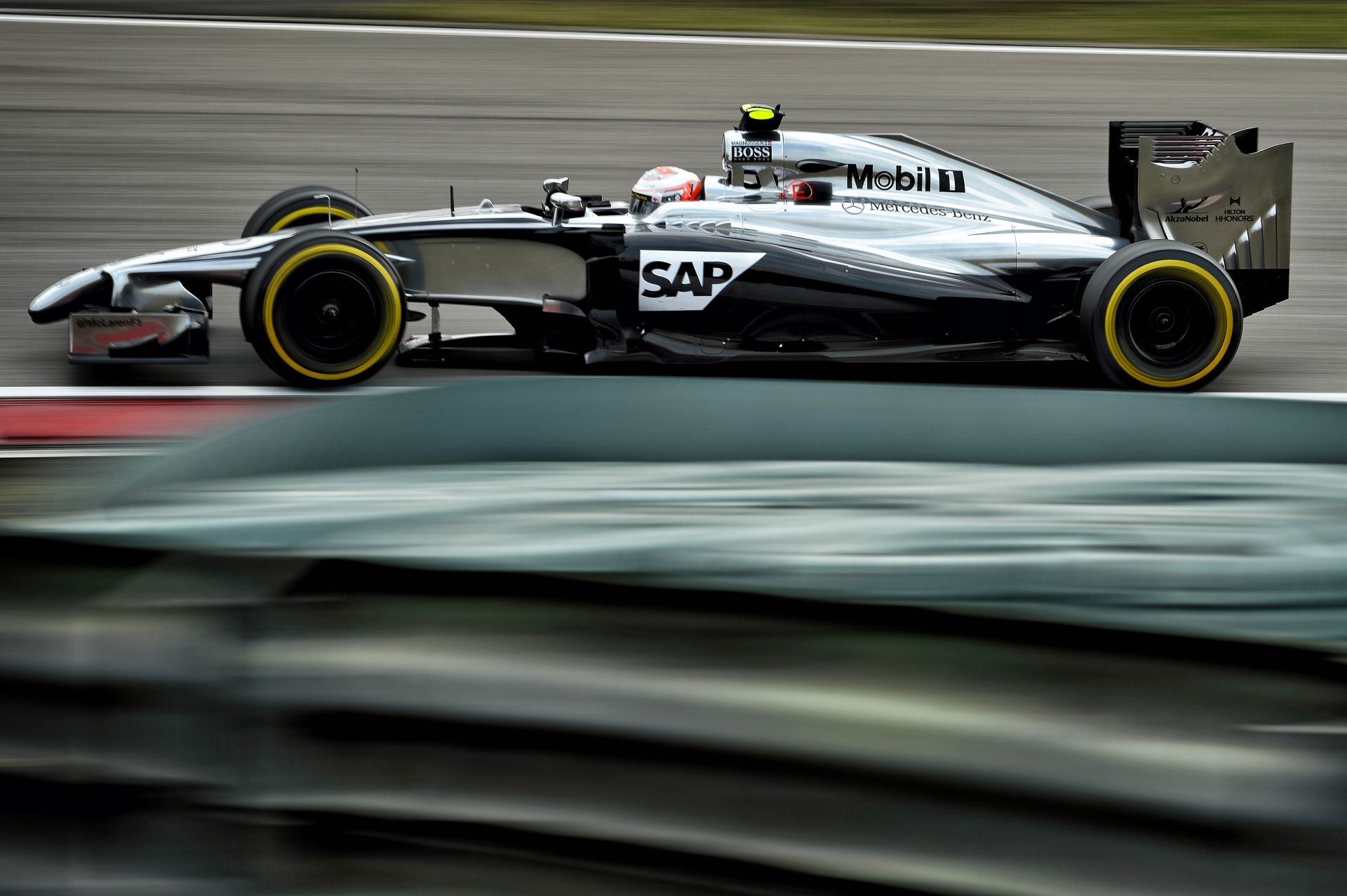 Magnussen nem érti, hogy miért gyengébb a McLaren