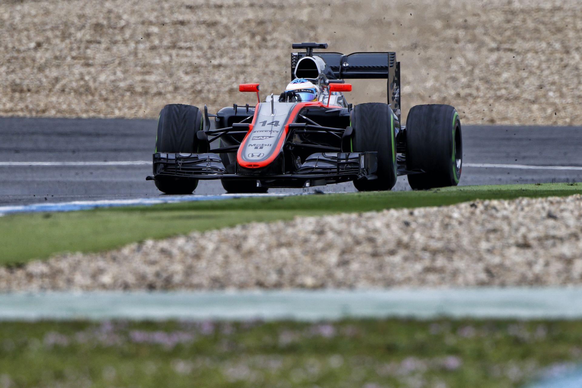 Alonso balesetét teljes körűen ki kell vizsgálni, mert a többi pilóta is veszélyben lehet