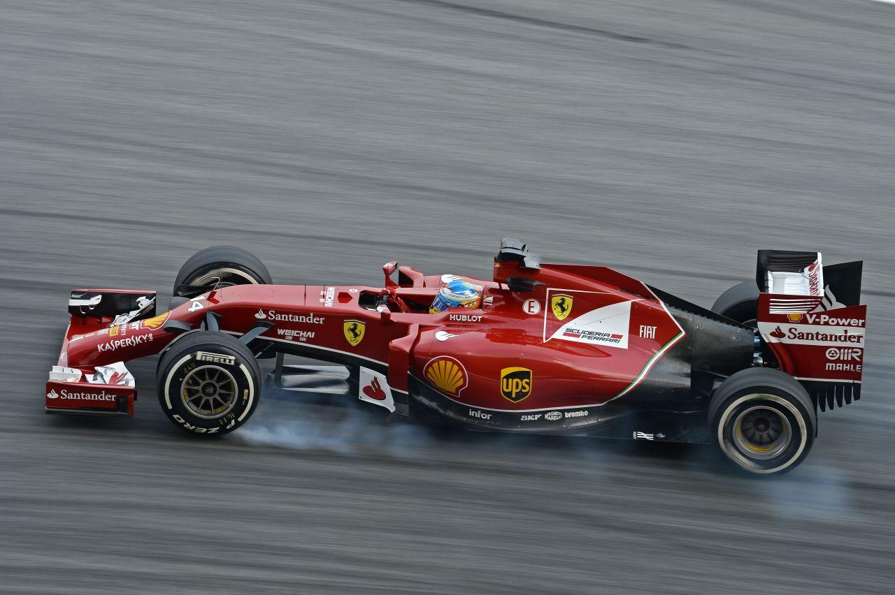 Alonso szerint Kvyat kicsit agresszív volt, az orosz úgy látja, a ferraris fordult rá