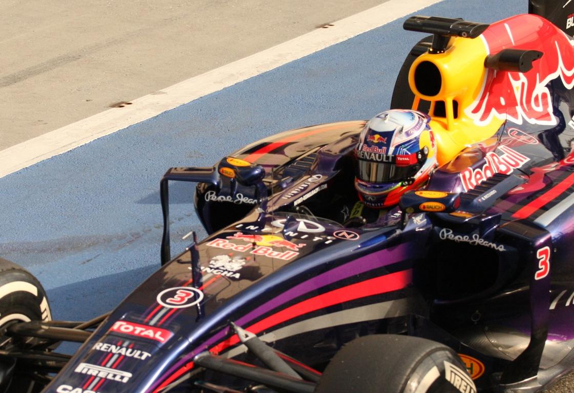 Ricciardo csalódott, Alonso élve megette Hülkenberget