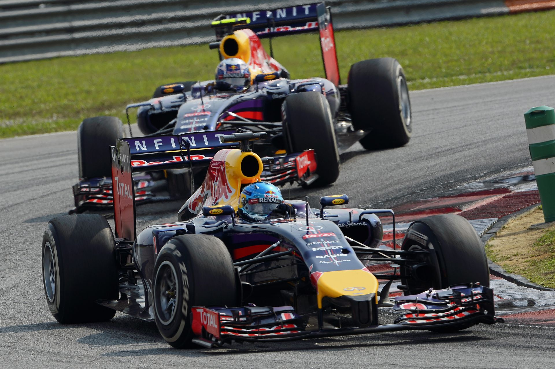 Horner: A Red Bull hamarosan befoghatja a Mercedest