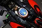 Alonso met eerbetoon aan Luis Salom op zijn helm in GP Canada