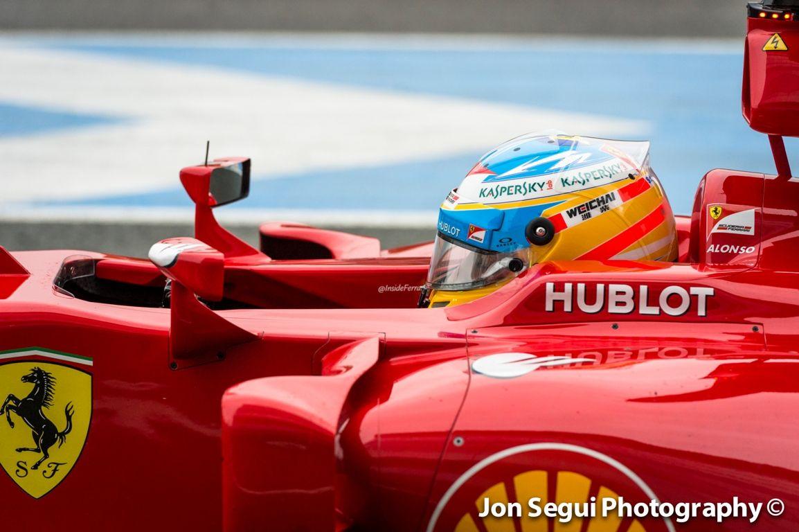 Vettel, Hamilton és Alonso is pályára gurul szerdán Bahreinben