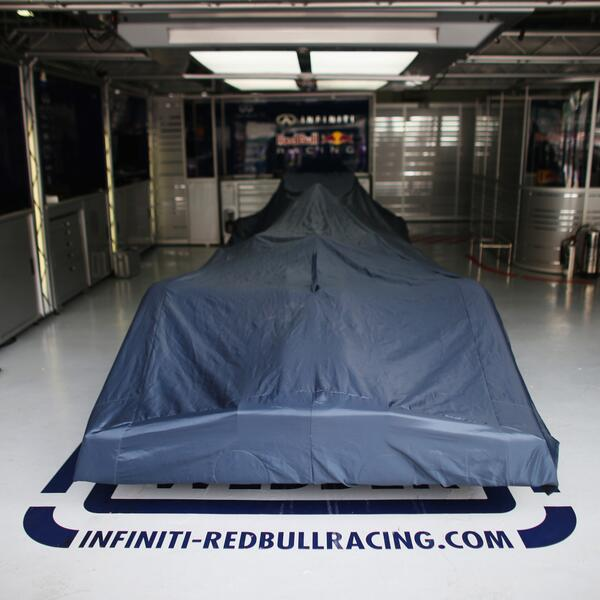 """Röviden: a Red Bull az első tesztnapon engedi szabadjára a """"bikát"""""""