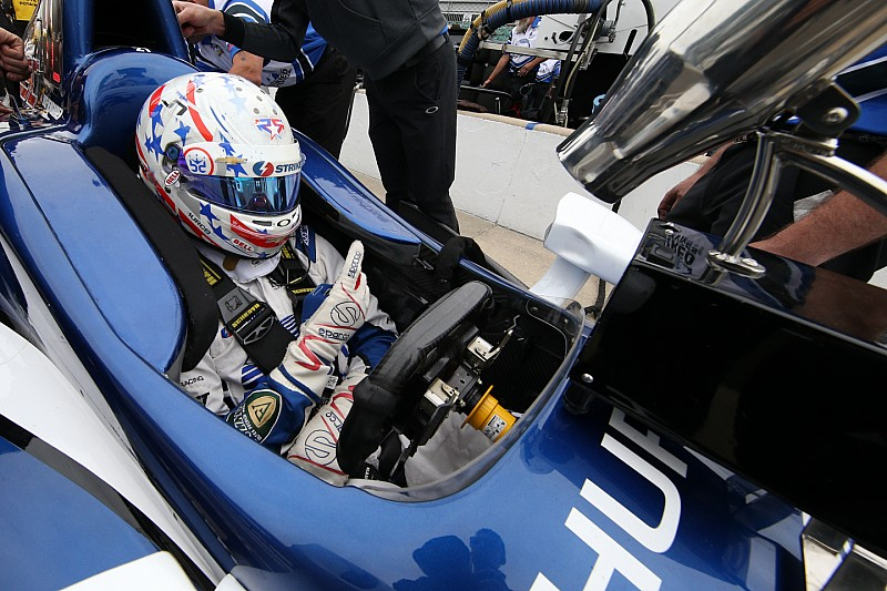 IndyCar wil in 2017 Red Bull-achtig windscherm introduceren