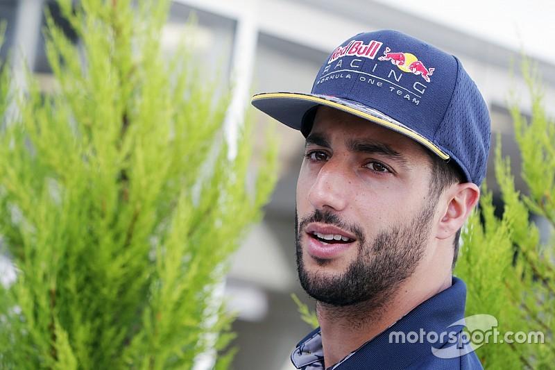 Ricciardo, contento con que su renovación hasta 2018 sea pública