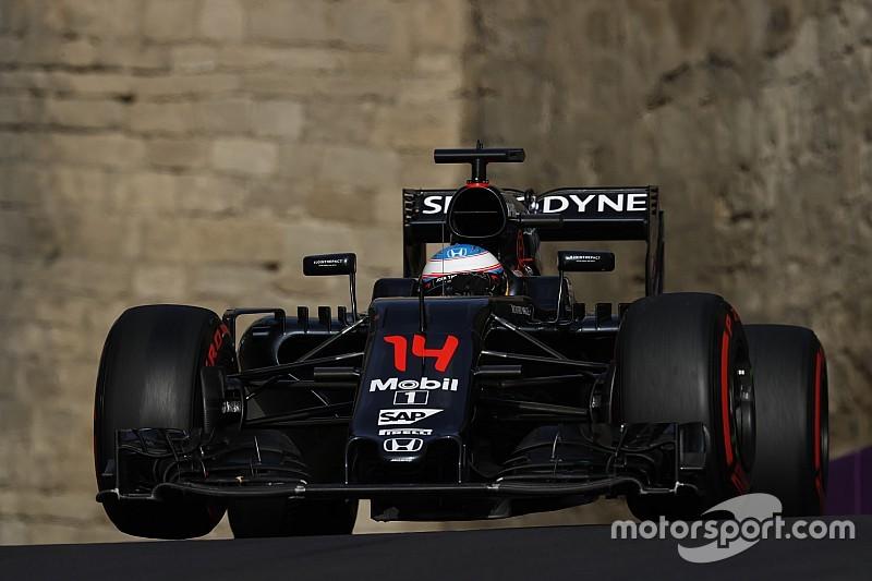 """Alonso: """"Sul rettilineo perdiamo sette o otto decimi"""""""