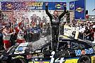 Tony Stewart torna alla vittoria dopo tre anni a Sonoma