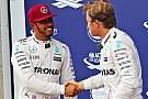 """Hamilton: """"Band met Rosberg nog nooit zo goed geweest als nu"""""""