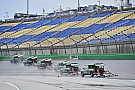 Clasificación cancelada por la lluvia en Kentucky; Harvick sale adelante