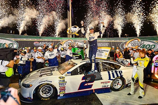 Incidentrijke NASCAR-race op Kentucky Speedway