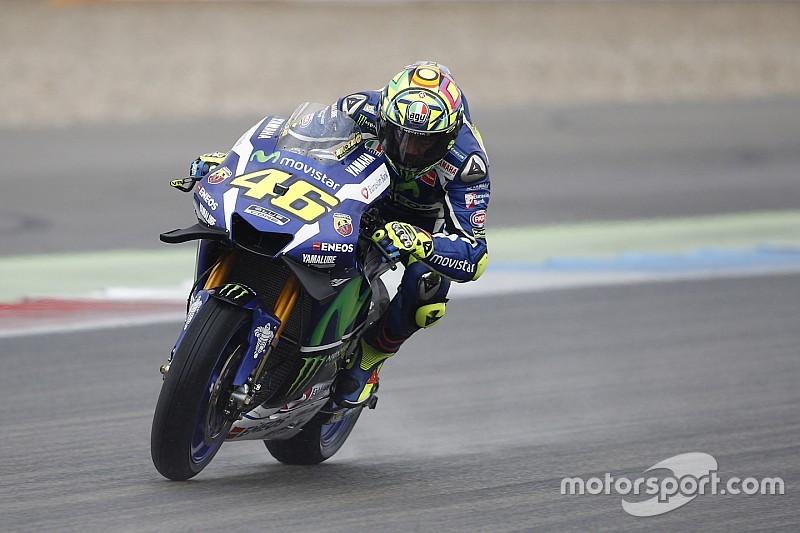 """Rossi: """"Michelin loopt achter op schema met regenbanden"""""""