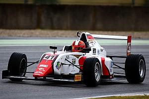 Formula 4 Reporte de calificación Doble top 5 para Raúl Guzmán en Mugello