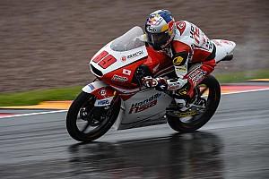 Moto3 Gara Pawi si conferma mago della pioggia anche al Sachsenring