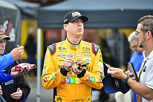 NASCAR Cup Fotostrecke Top 20: NASCAR-Piloten mit den meisten Fanartikel-Verkäufen 2016