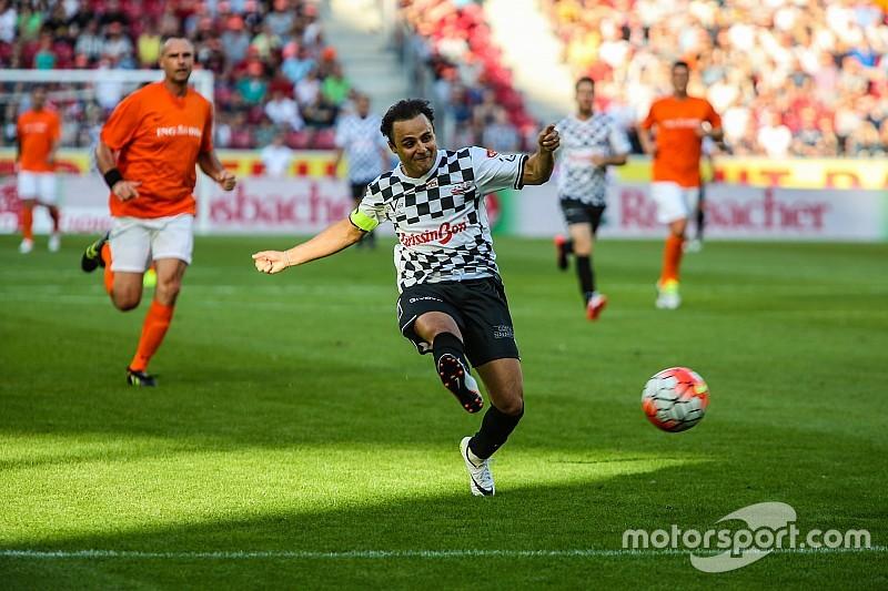 """""""Schumacher zit nog altijd in ons hart"""", zegt Massa"""