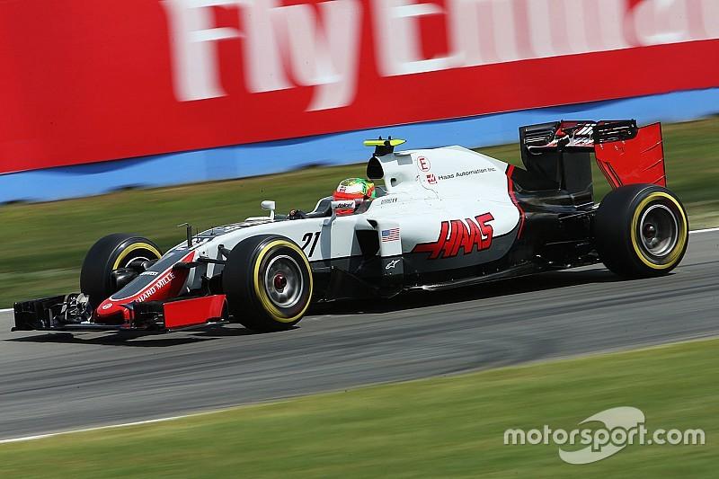 """Ricciardo: """"Gutierrez minder goed met blauwe vlaggen dan andere rijders"""""""