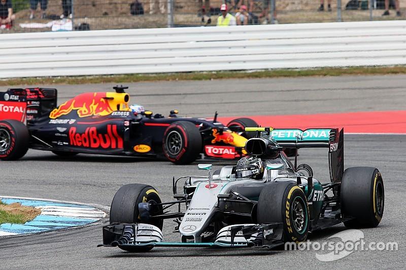 Rosberg stond te lang stil door niet goed functionerende stopwatch