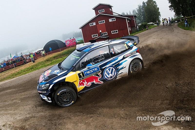 """Ogier dice que """"un estúpido error nos costó muy caro"""" en Finlandia"""