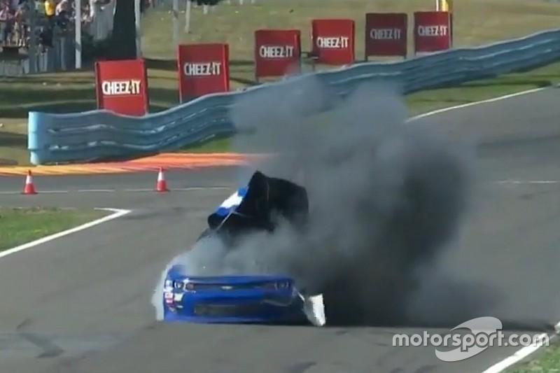 Extraña explosión en NASCAR