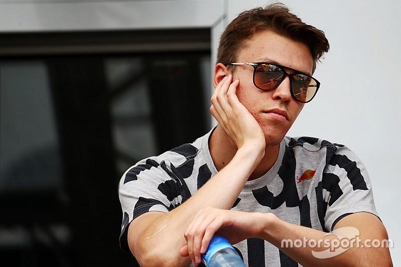 """Gasly over Toro Rosso-concurrent Kvyat: """"Hij heeft het niet makkelijk"""""""