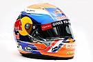 Verstappen con casco naranja en Spa