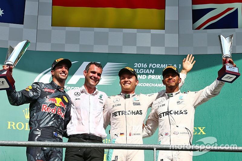 Una carrera loca emborrona la victoria de Rosberg en Spa
