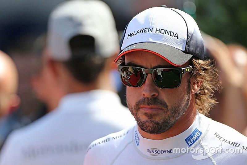 ハミルトン「アロンソが去るのは、F1にとって正しいことではない」