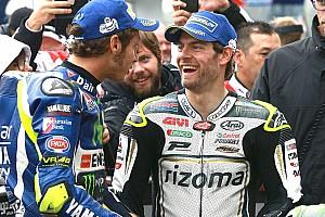 MotoGP Relato de classificação Em alta, Crutchlow larga na pole em Silverstone; Rossi é 2º