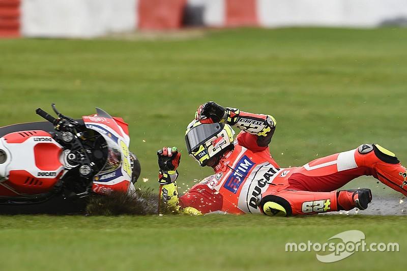 """Янноне """"не контролировал"""" мотоцикл в гонке из-за боли в руке"""
