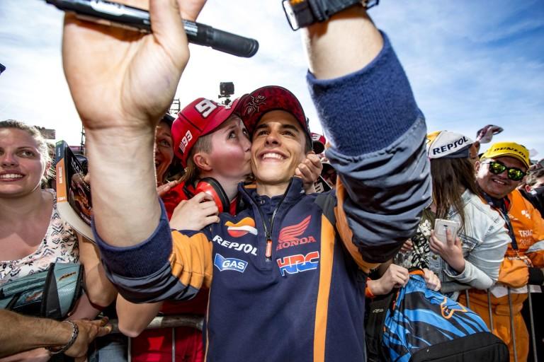 MotoGP: Marquez viccesre vette a figurát!