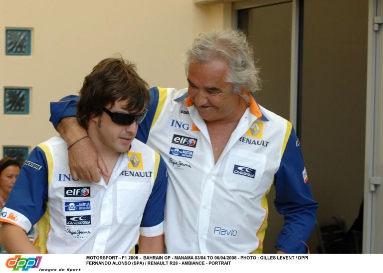 """Alonso az """"új"""" Briatoréval és kisfiával pózolt Monacóban!"""