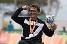 15 años después de su accidente, Zanardi gana medalla de plata en Río