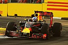 """Ricciardo: """"No estoy desanimado"""" por la diferencia con Mercedes"""