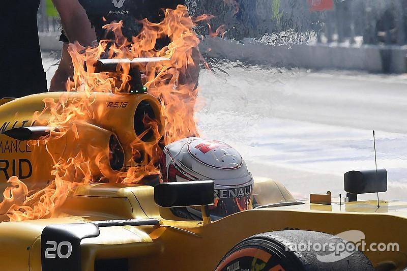 Пожар на Renault Магнуссена заставил Сайнса усомниться в пользе Halo