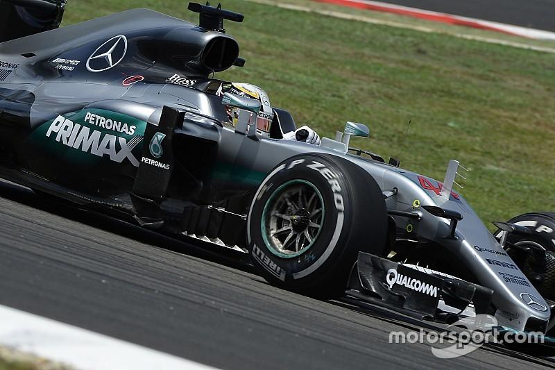Nada parará a Mercedes en Malasia, dice Hamilton