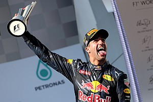 F1 Reporte de la carrera Épica carrera con final feliz para Ricciardo y Rosberg
