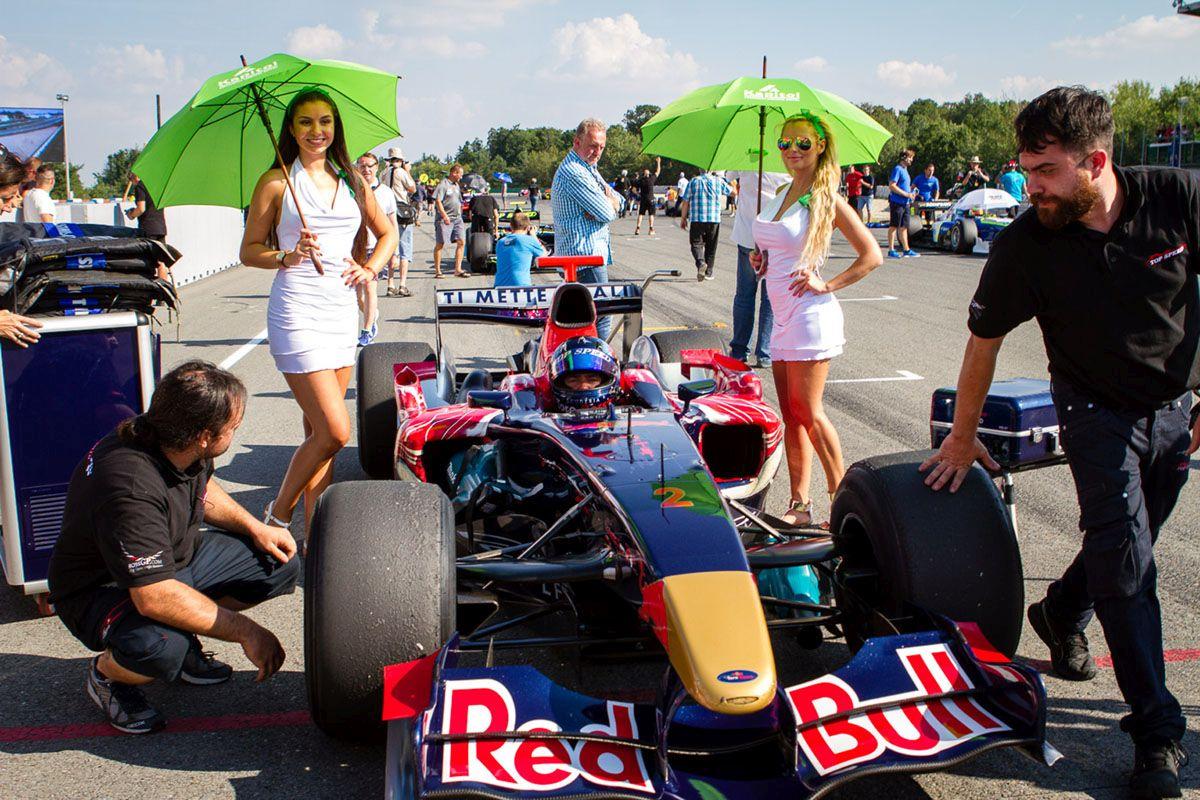 Bajnokokat avattak a BOSS GP-ben, avagy egy Toro Rossóval is lehet címet nyerni