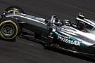 Ilyen, amikor Rosberg villámgyorsan kereket cserél