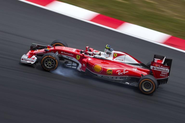 Räikkönen szerint rosszkor van az időmérő, és a Red Bull ezért került eléjük...