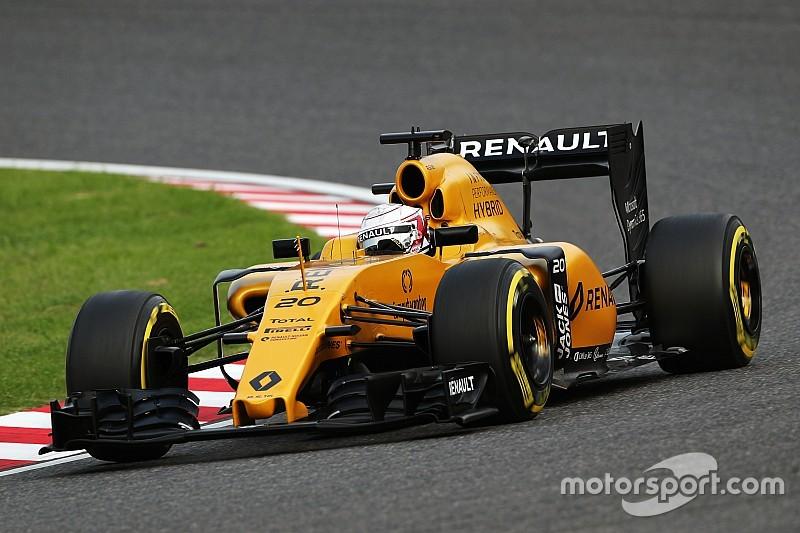 Reprimenda per Magnussen e Massa: troppo lenti rientrando ai box in Q1