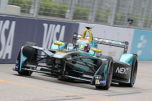Formule E Kwalificatieverslag Formule E Hong Kong: Piquet Jr. op pole, flinke crashes voor Frijns en Di Grassi