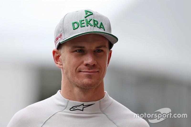 """Hulkenberg es una de las """"dos o tres"""" opciones que maneja Renault"""
