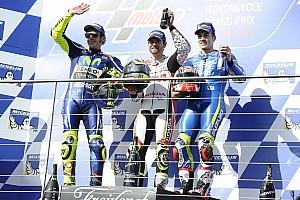 MotoGP Reporte de la carrera Crutchlow y Rossi sacan tajada del primer cero de Márquez