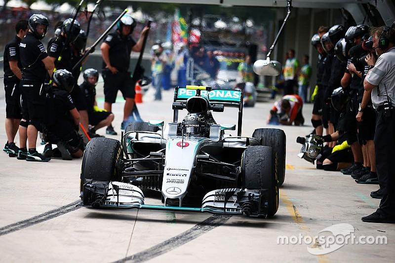 Mueven el cajón de pits de Mercedes para evitar un salto