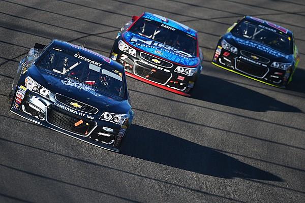 NASCAR Cup Stewart se despide de NASCAR desafiante hasta el final