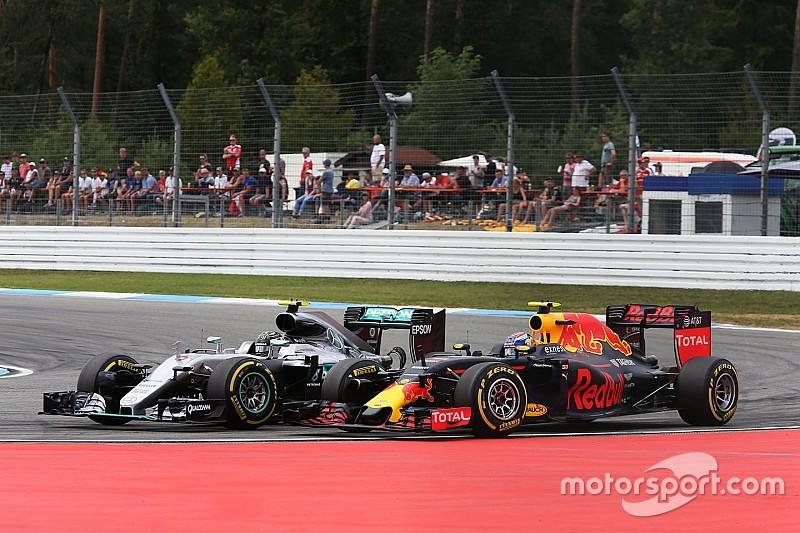 """Verstappen blikt vooruit: """"Mercedes zal sterk zijn"""""""